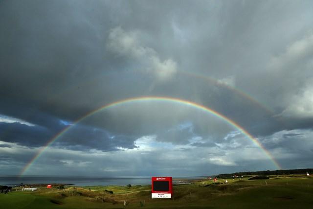 第3ラウンド終了後に現れた綺麗な虹(David Cannon/Getty Images)