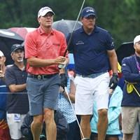 アラフィフ選手たちも、アメリカではみなさん平気で短パン履きます! 2017年 全米プロゴルフ選手権 事前 スティーブ・ストリッカー フィル・ミケルソン ショートパンツ