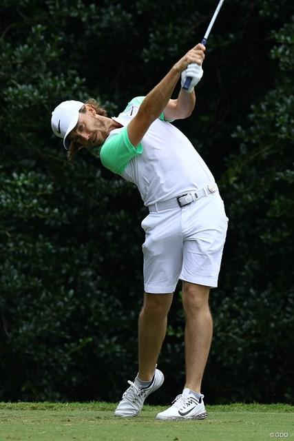 ゴルファーというよりもテニスプレーヤーっぽい