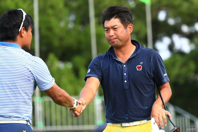 2017年 RIZAP KBCオーガスタゴルフトーナメント 2日目 池田勇太 上がりが悪くて不満顔も、ここまで順調にスコアを伸ばす池田勇太