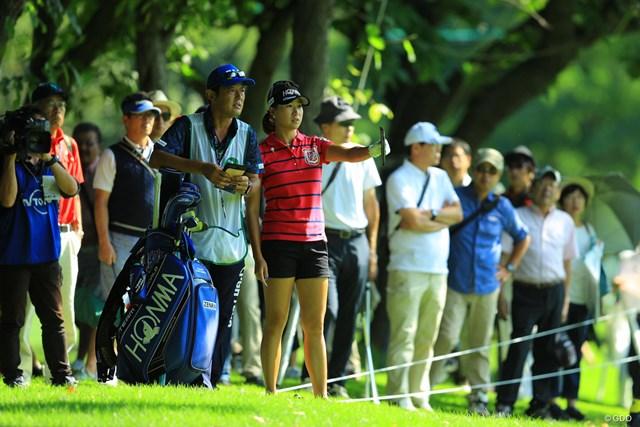 2017年 ニトリレディスゴルフトーナメント 3日目 木戸愛 小樽CCのジャングルは抜け出すだけでも大変なのです。