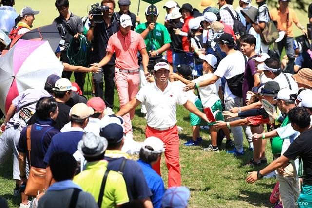 2017年 RIZAP KBCオーガスタゴルフトーナメント 最終日 池田勇太 連日のギャラリーとタッチ