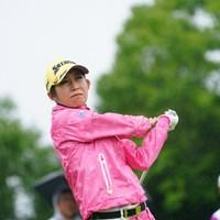 腕が梁津萬みたい。 2017年 ゴルフ5レディス プロゴルフトーナメント 初日 金田久美子