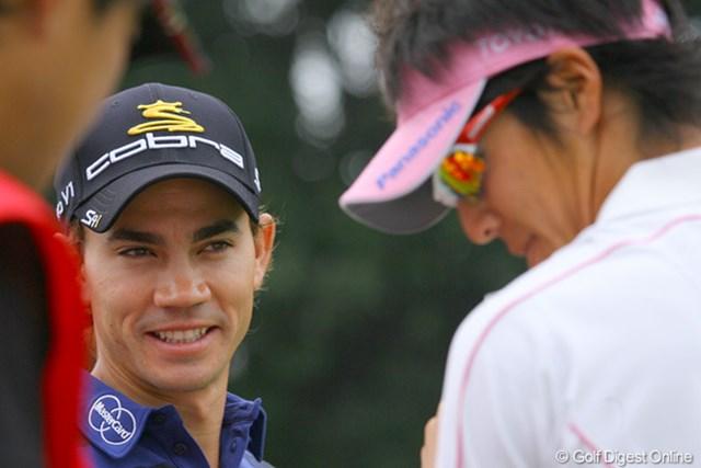 2009年 WGC HSBCチャンピオンズ3日目/カミロ・ビジェガス 遼君と仲の良いカミロ・ビジェガスは、気安く話しかけてきます。