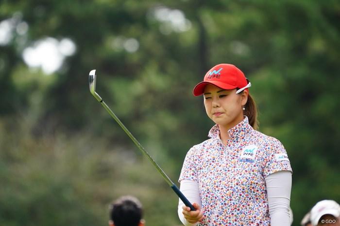 サングラスその位置中途半端じゃない? 2017年 日本女子オープンゴルフ選手権競技 3日目 石川陽子