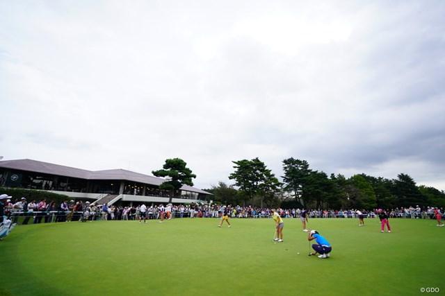 2017年 日本女子オープンゴルフ選手権競技 3日目 練習グリーン 第3ラウンドは10時すぎのスタート。