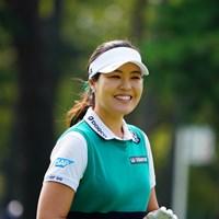チップインしそうで思わず笑顔。 2017年 日本女子オープンゴルフ選手権競技 最終日 チョン・ インジ