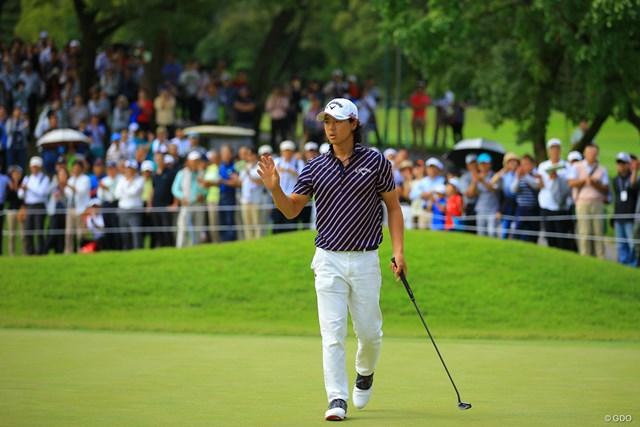 2017年 日本オープンゴルフ選手権競技 初日 石川遼 石川遼は平日の大観衆に見守られてプレーした