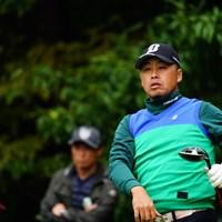 なんという色の着こなし方。 2017年 ブリヂストンオープンゴルフトーナメント 2日目 岩本高志