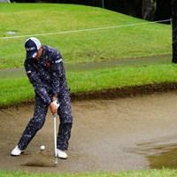 インパクトの直後、ボールのがヘッドよりも後方にある。 2017年 ブリヂストンオープンゴルフトーナメント 3日目 上井邦浩