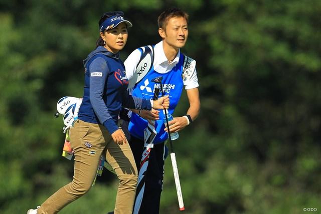 2017年 樋口久子 三菱電機レディスゴルフトーナメント 初日 青木瀬令奈 2日目以降はエースキャディにバトンタッチ。青木瀬令奈が今季2勝目を狙う