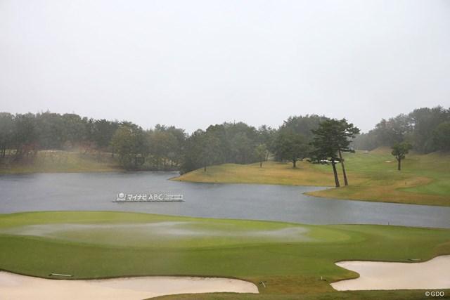大雨で2週連続男女ゴルフ最終日中止