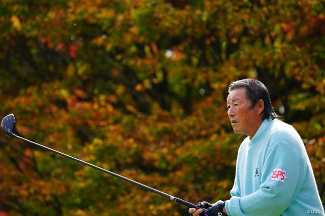 尾崎将司は背中、腰の痛みで途中棄権した