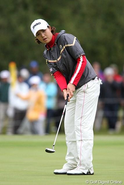 2009年 伊藤園レディスゴルフトーナメント 初日 全美貞 6バーディ2ボギーの通算4アンダー。2つのボギーはクラブ選択ミスという全美貞