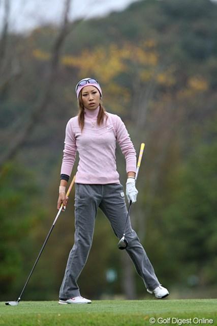 2009年 伊藤園レディスゴルフトーナメント 初日 金田久美子 あと300万円ほど上積み出来れば、シード権も見えてくるのだが…