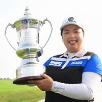 2週連続優勝を飾ったフォン・シャンシャン。1打のリードを守り切った(Zhe Ji/Getty Images) 2017年 ブルーベイLPGA 最終日 フォン・シャンシャン