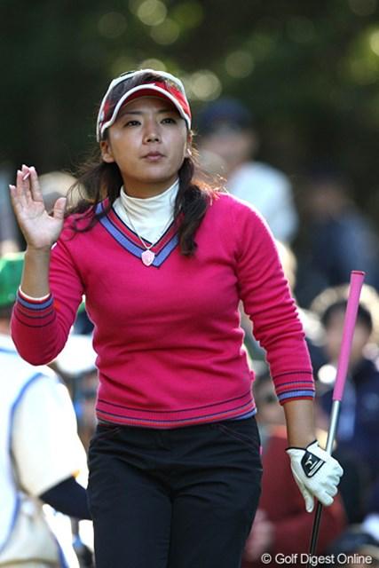 まだ賞金女王の可能性を残す有村智恵。「私には優勝しかないので、とにかくそれを目指して頑張ります!」