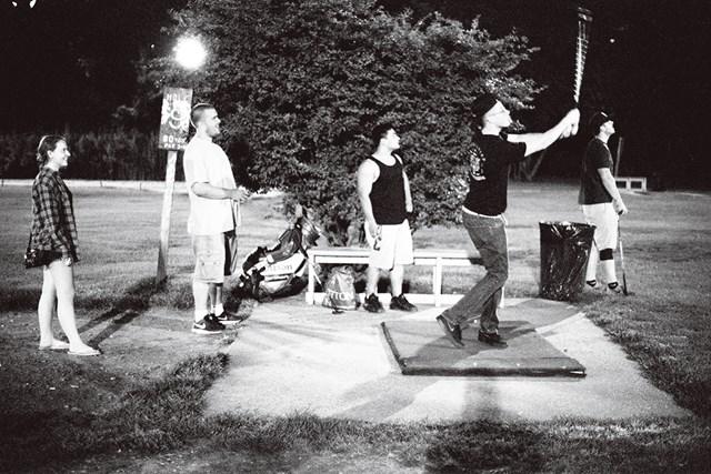 クイーンズ在住のキンバリー・チャバー、ライアン・トロイ、クリス・ライオンズ、ショーン・トロイとコナー・バーク (Alan P. Pitman/米ゴルフダイジェスト誌)