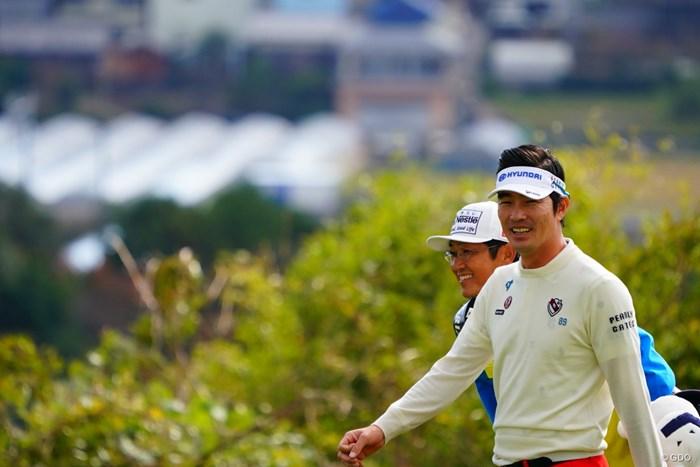 余裕の笑みのヒョンソン。 2017年 カシオワールドオープンゴルフトーナメント 2日目 キム・ヒョンソン