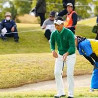 お尻に顔を突っ込まれてもまんざらではない大育。 2017年 カシオワールドオープンゴルフトーナメント 3日目 片岡大育