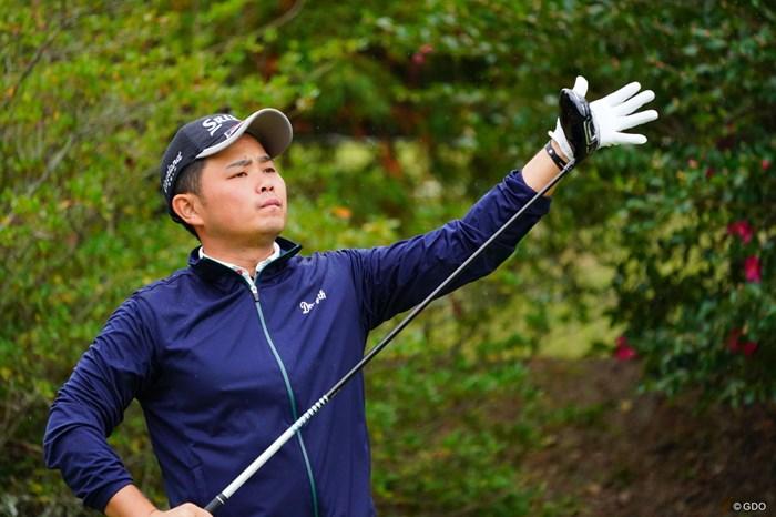 うん、熱はないようだ。 2017年 カシオワールドオープンゴルフトーナメント 最終日 北村晃一