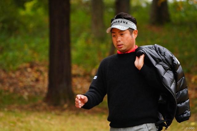 2017年 ゴルフ日本シリーズJTカップ 初日 池田勇太 まるで道着でも担いでるみたいだ。