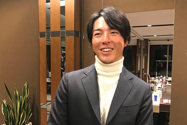 プライベートコンペで来季構想について語る石川遼