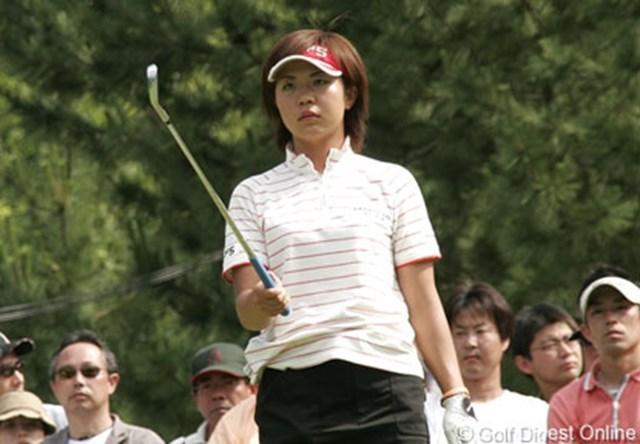 2006年 プロミスレディスゴルフトーナメント 2日目 吉田藍子 ステップアップツアーの優勝でチャンスを得た吉田藍子が少ないチャンスをモノにできるのか