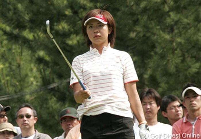 ステップアップツアーの優勝でチャンスを得た吉田藍子が少ないチャンスをモノにできるのか 2006年 プロミスレディスゴルフトーナメント 2日目 吉田藍子