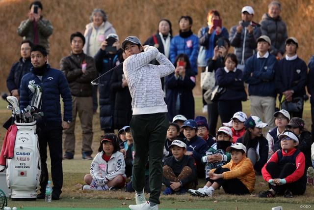 石川遼はイベントに参加したジュニアの前でデモンストレーションも行った