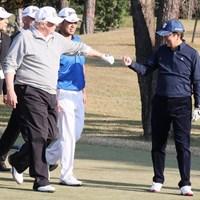 松山英樹は11月、トランプ米大統領、安倍首相とのゴルフに同伴した※首相官邸のツイッターより 2017年 松山英樹 ドナルド・トランプ 安倍晋三