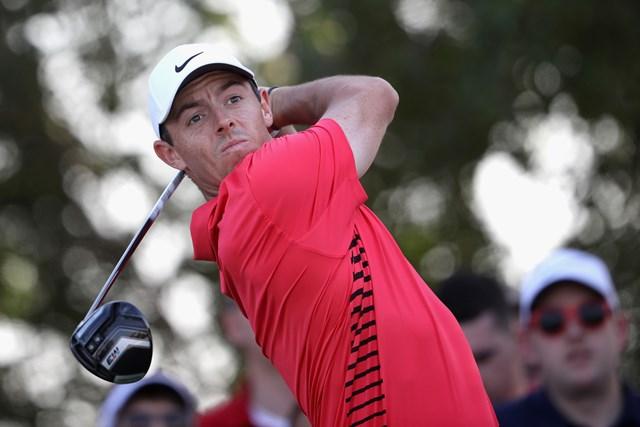 今季初出場のR.マキロイ。首位と1打差に迫って最終日に進んだ (Francois Nel/Getty Images)