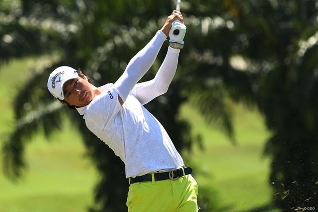 石川遼が9バーディ、ノーボギーで優勝争いに加わった