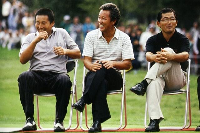 1988年の日本オープン表彰式。AONが並んだ ※画像資料提供・日本ゴルフ協会