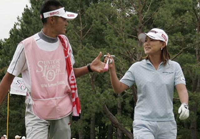 2006年 We Love KOBEサントリーレディスオープンゴルフトーナメント 2日目 横峯さくら トリプルボギーでも這い上がる!2日間イーブンパーで首位と5打差の横峯さくら