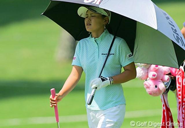 2006年 NEC軽井沢72ゴルフトーナメント 初日 横峯さくら 全英女子以来のスイングとなった初日、スイングが安定せず苦しむ横峯さくら
