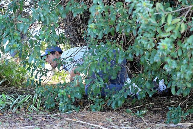 マキロイは茂みの中から正座でブッシュアウト(David CannonGetty Images)