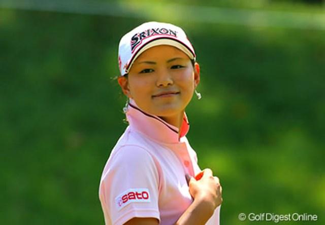 2006年 日本女子オープンゴルフ選手権競技 事前 横峯さくら この日の練習ラウンドは終止笑顔だった横峯さくら。明日からの4日間もこの笑顔を見せてもらいたい