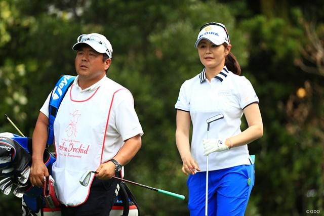 2018年 ダイキンオーキッドレディスゴルフトーナメント 最終日 諸見里しのぶ 中島コーチがキャディで優勝の勢い