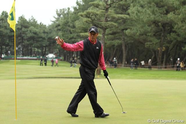 2009年 ダンロップフェニックストーナメント3日目 佐藤信人 17番パー3でホールインワンを達成した佐藤信人