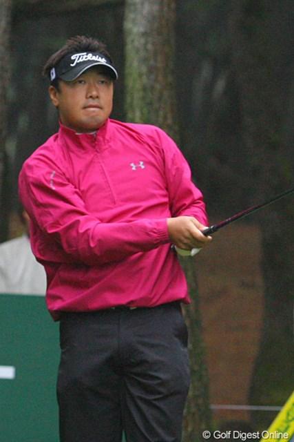 2009年 ダンロップフェニックストーナメント最終日 丸山大輔 雨がひどくなった後半に耐えるゴルフで7位タイに食い込んだ丸山大輔
