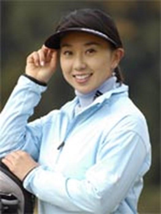今季はアディダスゴルフのウェアを着用した東尾理子が日米ツアーに登場する 2006年 東尾理子がアディダスゴルフとアパレル契約締結!