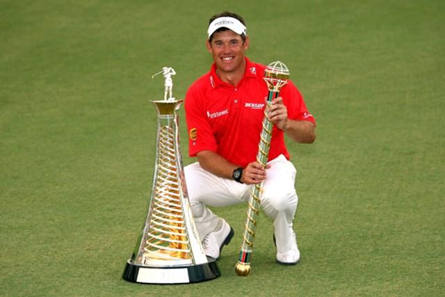 2009年 ドバイ・ワールドチャンピオンシップ最終日 リー・ウェストウッド 最終戦を制し、自身2度目の賞金王を手にしたL.ウェストウッド(Andrew Redington /Getty Images)