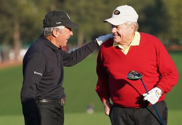 長年のライバルであり、よき友達。ゴルフ界のレジェンド2人(Jamie Squire/Getty Images) 2018年 マスターズ 初日 ニクラスとプレーヤー