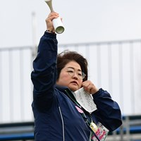 午前7時に試合再開。この小さいフォーンが無茶苦茶遠くまで聞こえるんですワ。 2018年 スタジオアリス女子オープン 2日目 原田香里