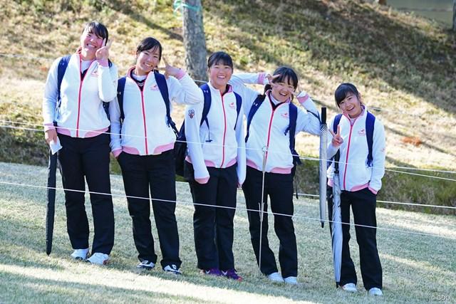 2018年 スタジオアリス女子オープン 最終日 応援団 朝のスタートからガッツリ安田さんについていました。多分滝川二高ゴルフ部の子たちやと思うけど…。