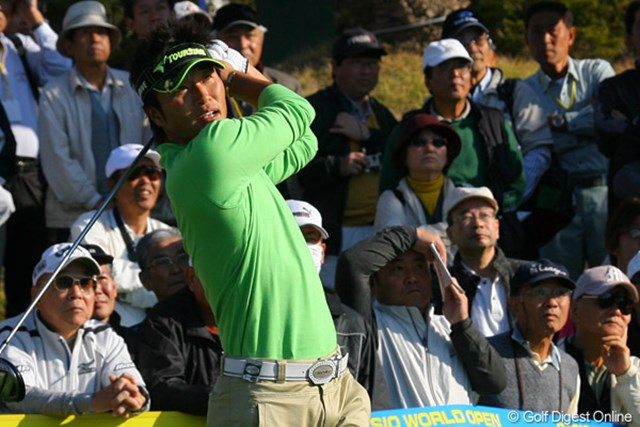 最初の8ホールは全てパーで耐えた宮本勝昌が、後半に5ストローク伸ばした