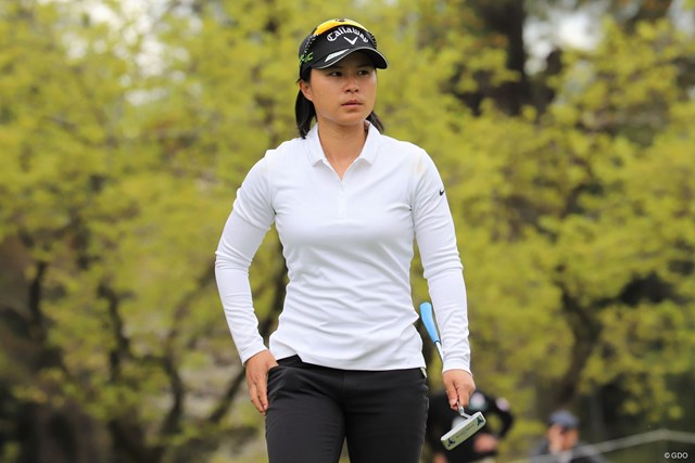 7アンダーで首位スタートを決めた永田あおい(日本女子プロゴルフ協会提供)