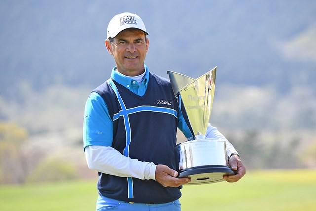 シニアツアー2勝目を挙げたG.マイヤー ※画像提供:日本プロゴルフ協会