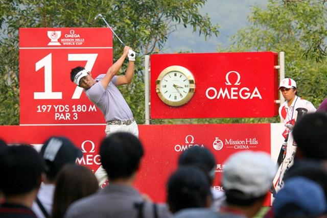 最終組から2組目とあり、多くのギャラリーの中でのプレーが続いた日本チーム